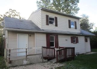 Casa en ejecución hipotecaria in Waukegan, IL, 60085,  W DUGGALD AVE ID: F4049789