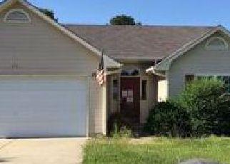 Casa en ejecución hipotecaria in Raeford, NC, 28376,  CHAPEL HILL DR ID: F4051223
