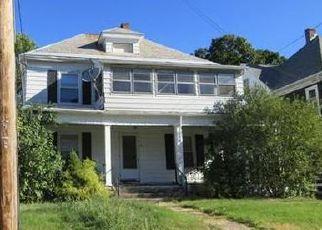 Casa en ejecución hipotecaria in Holyoke, MA, 01040,  HITCHCOCK ST ID: F4051397