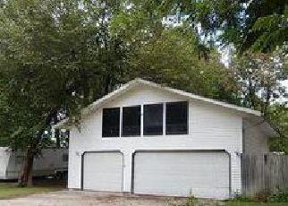 Casa en ejecución hipotecaria in Macoupin Condado, IL ID: F4051482