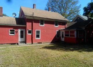 Casa en ejecución hipotecaria in Pascoag, RI, 02859,  SAYLES AVE ID: F4052262