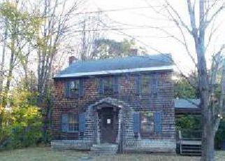 Casa en ejecución hipotecaria in Springfield, VT, 05156,  SMITH ST ID: F4054441