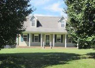 Casa en ejecución hipotecaria in Dickson Condado, TN ID: F4054491