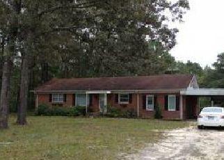 Casa en ejecución hipotecaria in Saint Pauls, NC, 28384,  DEER TRAIL RD ID: F4054743