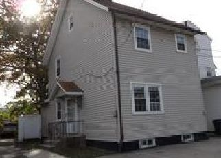 Casa en ejecución hipotecaria in Elizabeth, NJ, 07201,  BOUDINOT PL ID: F4058565