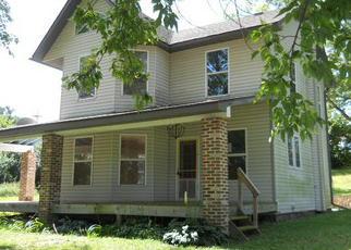 Casa en ejecución hipotecaria in Whiteside Condado, IL ID: F4059015