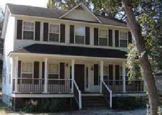 Casa en ejecución hipotecaria in Saint Pauls, NC, 28384,  E STACK ST ID: F4060000