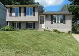 Casa en ejecución hipotecaria in Erlanger, KY, 41018,  CIRCLEWOOD DR ID: F4060371