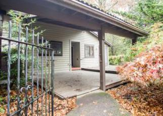 Casa en ejecución hipotecaria in Beaverton, OR, 97008,  SW CRESMOOR DR ID: F4061560