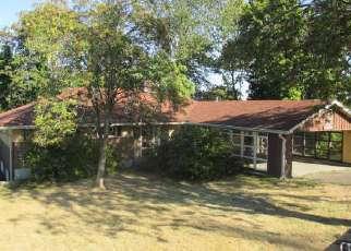 Casa en ejecución hipotecaria in Seattle, WA, 98188,  MILITARY RD S ID: F4063262