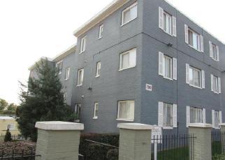 Casa en ejecución hipotecaria in Washington, DC, 20032,  BRANDYWINE ST SE ID: F4063278