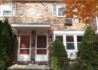 Casa en ejecución hipotecaria in Bristol, CT, 06010,  HILTBRAND RD ID: F4064073