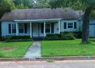 Casa en ejecución hipotecaria in Palestine, TX, 75801,  E NECHES ST ID: F4064568