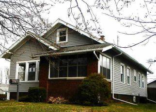 Casa en ejecución hipotecaria in De Kalb Condado, IN ID: F4065796