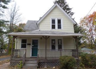 Casa en ejecución hipotecaria in Manchester, CT, 06040,  NORMAN ST ID: F4066401