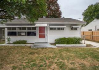 Casa en ejecución hipotecaria in Louisville, KY, 40213,  KINGFISHER WAY ID: F4066559