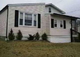 Casa en ejecución hipotecaria in Reading, PA, 19607,  UPLAND AVE ID: F4066891
