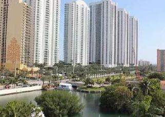 Casa en ejecución hipotecaria in North Miami Beach, FL, 33160,  COLLINS AVE ID: F4068557