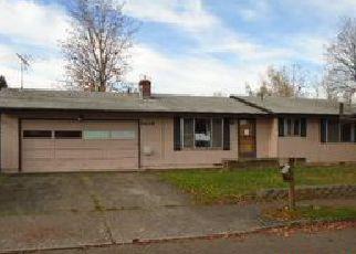 Casa en ejecución hipotecaria in Gresham, OR, 97030,  NE LA MESA AVE ID: F4069888
