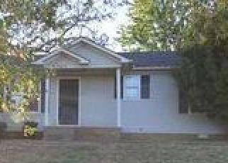 Casa en ejecución hipotecaria in Oak Grove, KY, 42262,  ARTIC AVE ID: F4070028