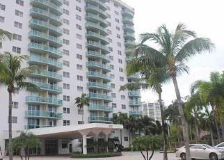 Casa en ejecución hipotecaria in North Miami Beach, FL, 33160,  COLLINS AVE ID: F4070123