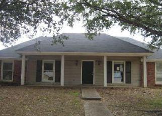 Casa en ejecución hipotecaria in Madison, MS, 39110,  LAUREL OAK DR ID: F4071927