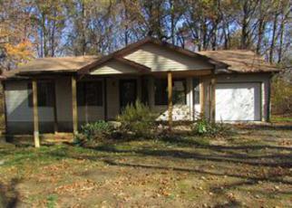 Casa en ejecución hipotecaria in Radcliff, KY, 40160,  SPRING MEADOW DR ID: F4074004