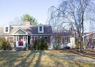 Casa en ejecución hipotecaria in Foster, RI, 02825,  FOSTER CENTER RD ID: F4075949