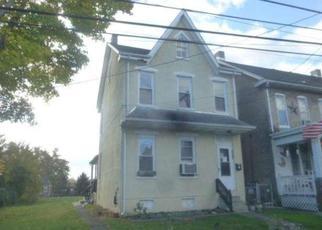 Casa en ejecución hipotecaria in Pottstown, PA, 19464,  W WALNUT ST ID: F4075960