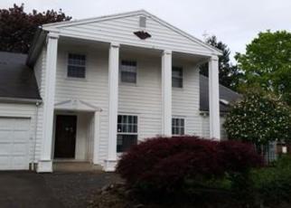Casa en ejecución hipotecaria in Beaverton, OR, 97006,  NW NORWICH ST ID: F4076003