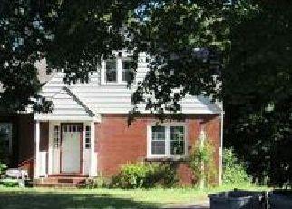 Casa en ejecución hipotecaria in New Windsor, NY, 12553,  LAUREL DR ID: F4076120
