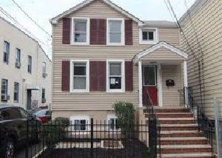 Casa en ejecución hipotecaria in Orange, NJ, 07050,  CARY ST ID: F4076147