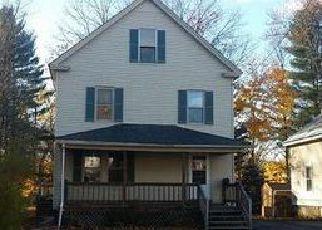 Casa en ejecución hipotecaria in Franklin Condado, MA ID: F4076278