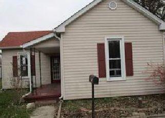 Casa en ejecución hipotecaria in Shelby Condado, IN ID: F4076355