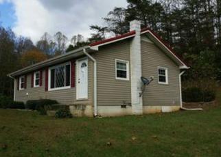 Casa en ejecución hipotecaria in Mount Airy, NC, 27030,  LORAINE SMITH RD ID: F4077663