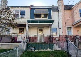 Casa en ejecución hipotecaria in Upper Darby, PA, 19082,  RADBOURNE RD ID: F4078542