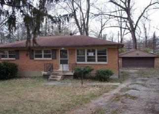 Casa en ejecución hipotecaria in Louisville, KY, 40219,  SANDSTONE BLVD ID: F4078622