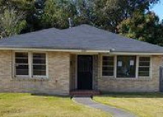 Foreclosure Home in New Orleans, LA, 70114,  FARRAGUT ST ID: F4078637