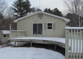 Casa en ejecución hipotecaria in Saint Johnsbury, VT, 05819,  HILLSIDE AVE ID: F4079172