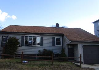 Casa en ejecución hipotecaria in Woonsocket, RI, 02895,  LORING ST ID: F4079256