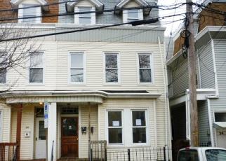 Casa en ejecución hipotecaria in Newark, NJ, 07104,  ROWLAND ST ID: F4080455