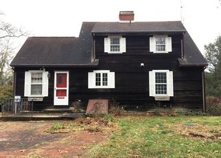 Casa en ejecución hipotecaria in Charlestown, RI, 02813,  OLD POST RD ID: F4080556