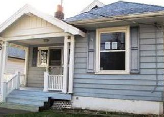 Casa en ejecución hipotecaria in Latonia, KY, 41015,  E 47TH ST ID: F4082787