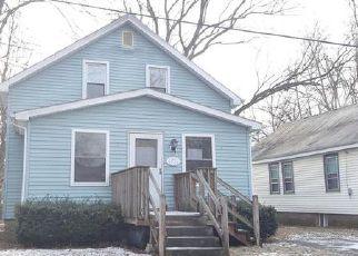 Casa en ejecución hipotecaria in East Stroudsburg, PA, 18301,  BOROUGH ST ID: F4083063