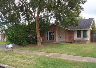 Casa en ejecución hipotecaria in Houston, TX, 77083,  DENBRIDGE DR ID: F4084659