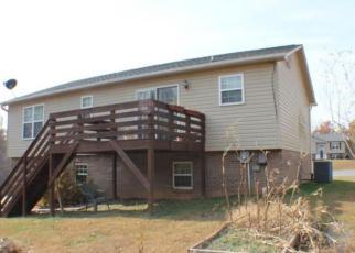 Casa en ejecución hipotecaria in Mount Airy, NC, 27030,  JILL FARM RD ID: F4085352