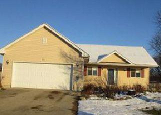 Casa en ejecución hipotecaria in Rochelle, IL, 61068,  RIVER RD ID: F4086319