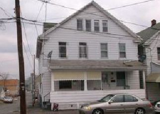 Casa en ejecución hipotecaria in Hazleton, PA, 18202,  N 4TH ST ID: F4086984