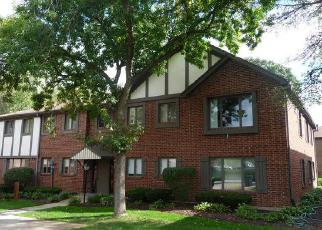 Foreclosure Home in Palos Heights, IL, 60463,  PARLIAMENT DR W ID: F4087921