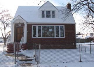 Casa en ejecución hipotecaria in Chicago, IL, 60628,  S CALUMET AVE ID: F4089344